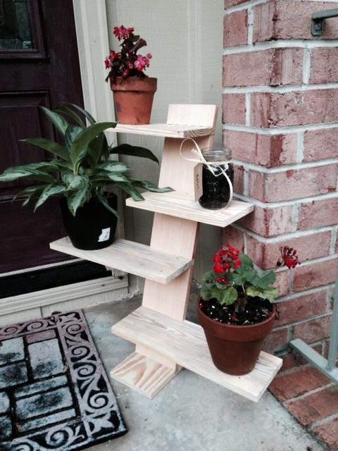 23. DIY Pallet Plant Stand