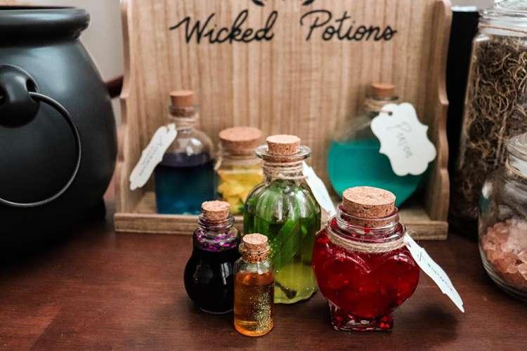3. DIY Harry Potter Potion Bottles