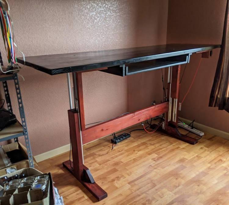 6. DIY Electric Standing Desk