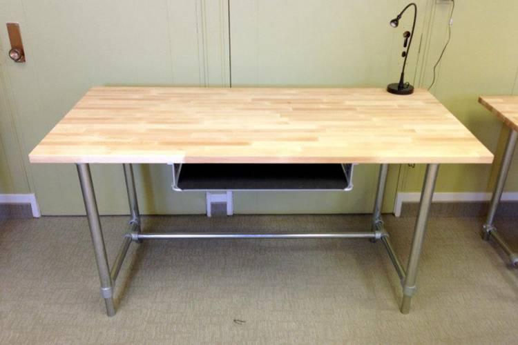 7. DIY Adjustable Height Standing & Sitting Desk