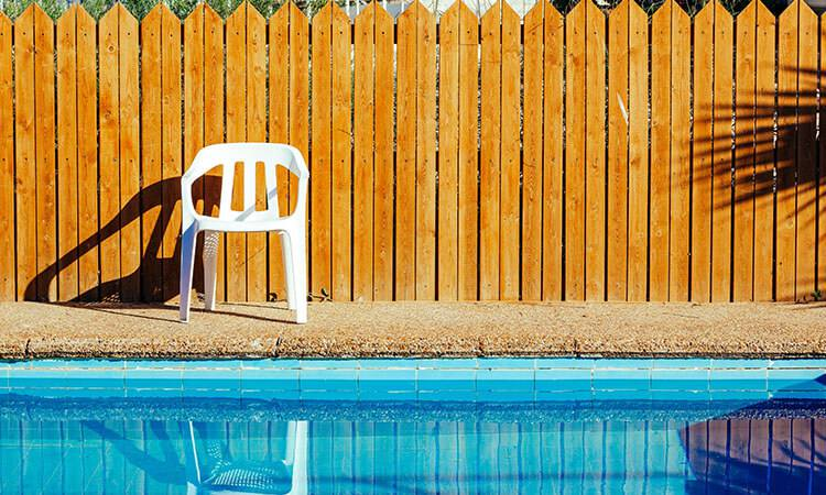 8. How To Build A Swimming Pool Fence