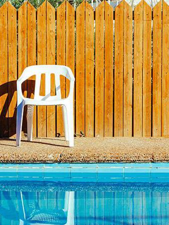 DIY Pool Fences Projects