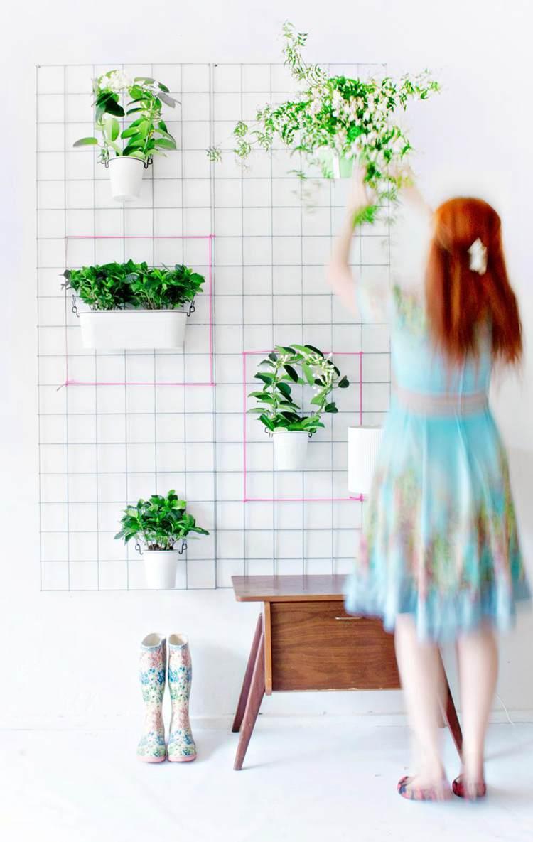 18. Green DIY Wall Planter
