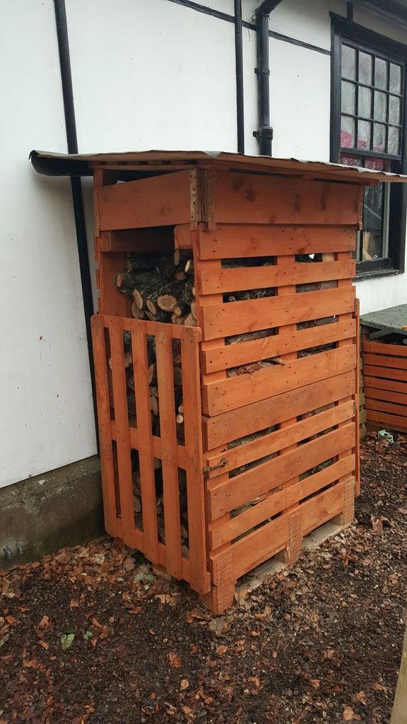 18. Pallet Log Shed Build