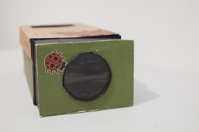 2. Cheap DIY Smartphone Projector