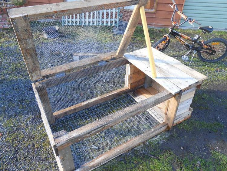 2. How To Build A Small Rabbit Hutch