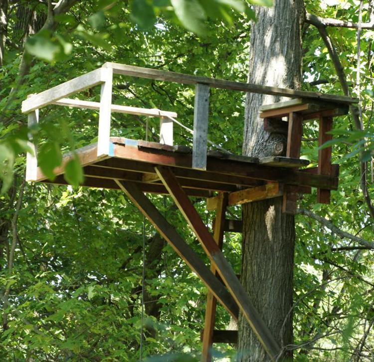 22. DIY Hunting Tree Stand
