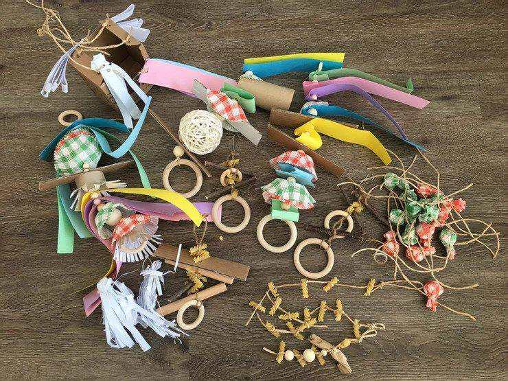22. How To DIY Parrot Toys