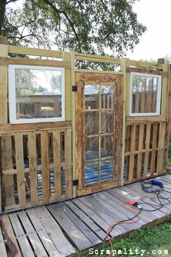 24. DIY Pallet Shed Build