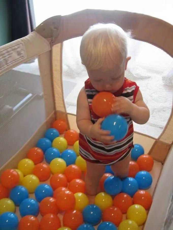 24. Homemade Ball Pit For Babies