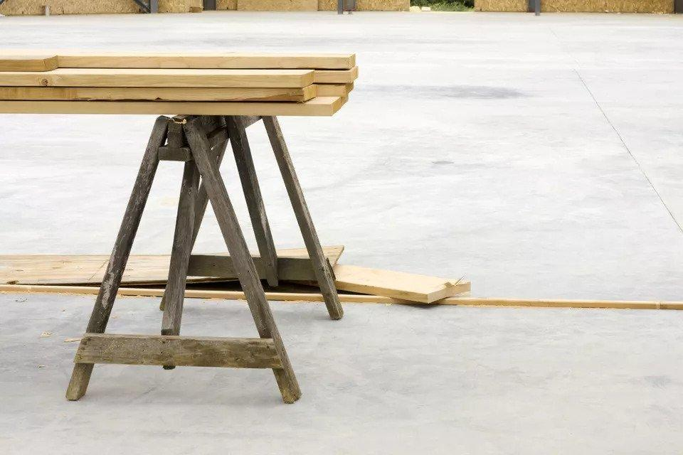 24. How To Build A Sawhorse