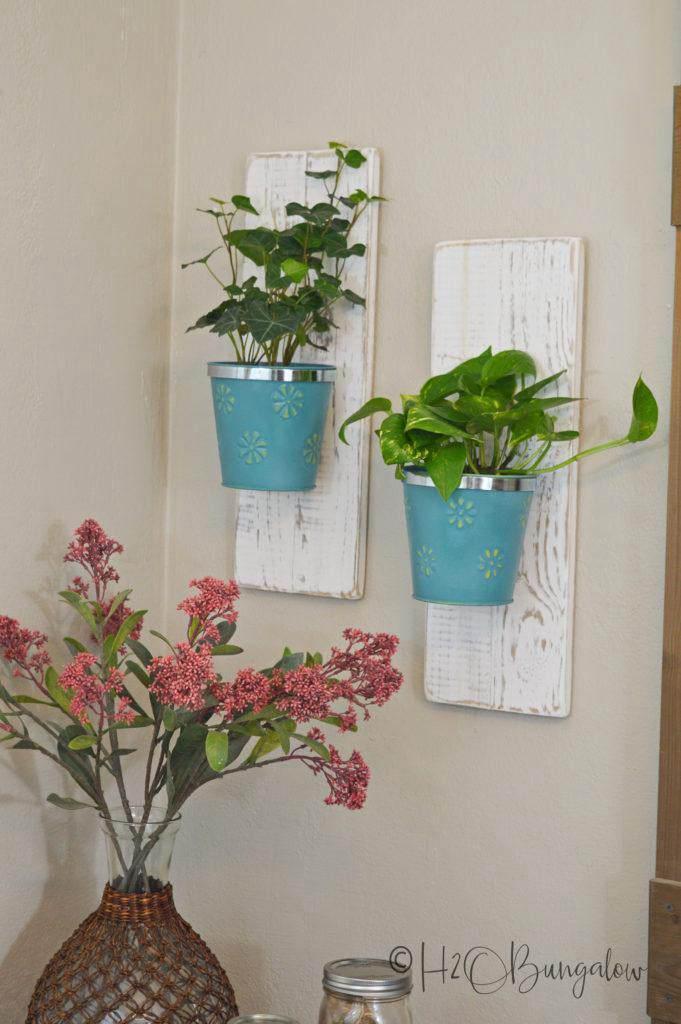 25. DIY Wall Hanging Planters
