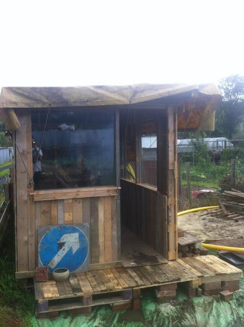 25. The Pallet Shed Build