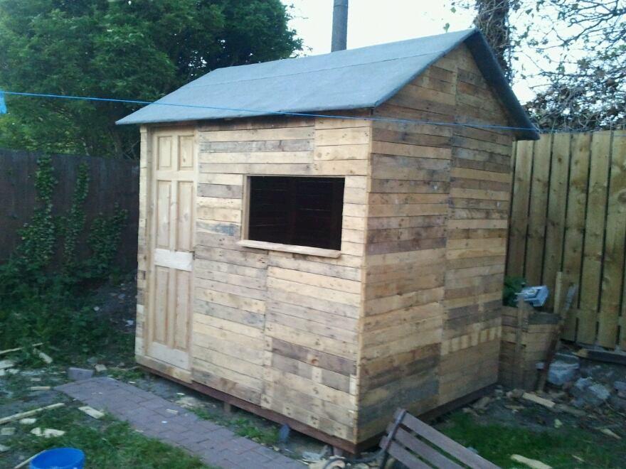 3. DIY Pallet Wood Shed