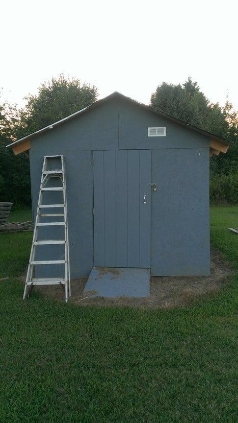 4. DIY Garden Shed From Pallets