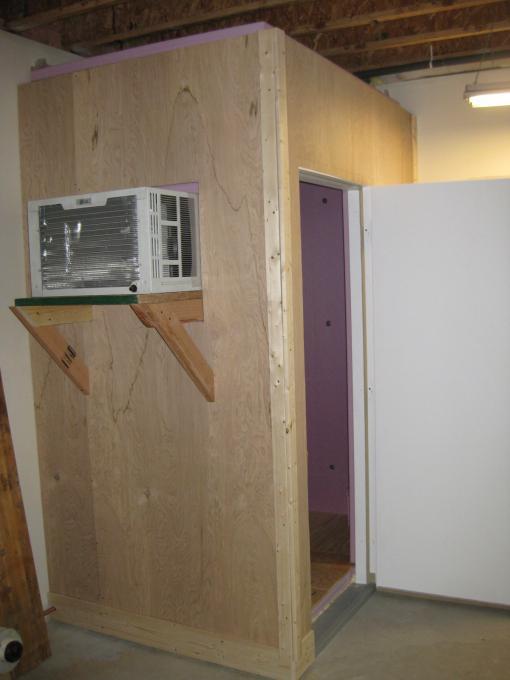 5. Homemade Walk-In Cooler
