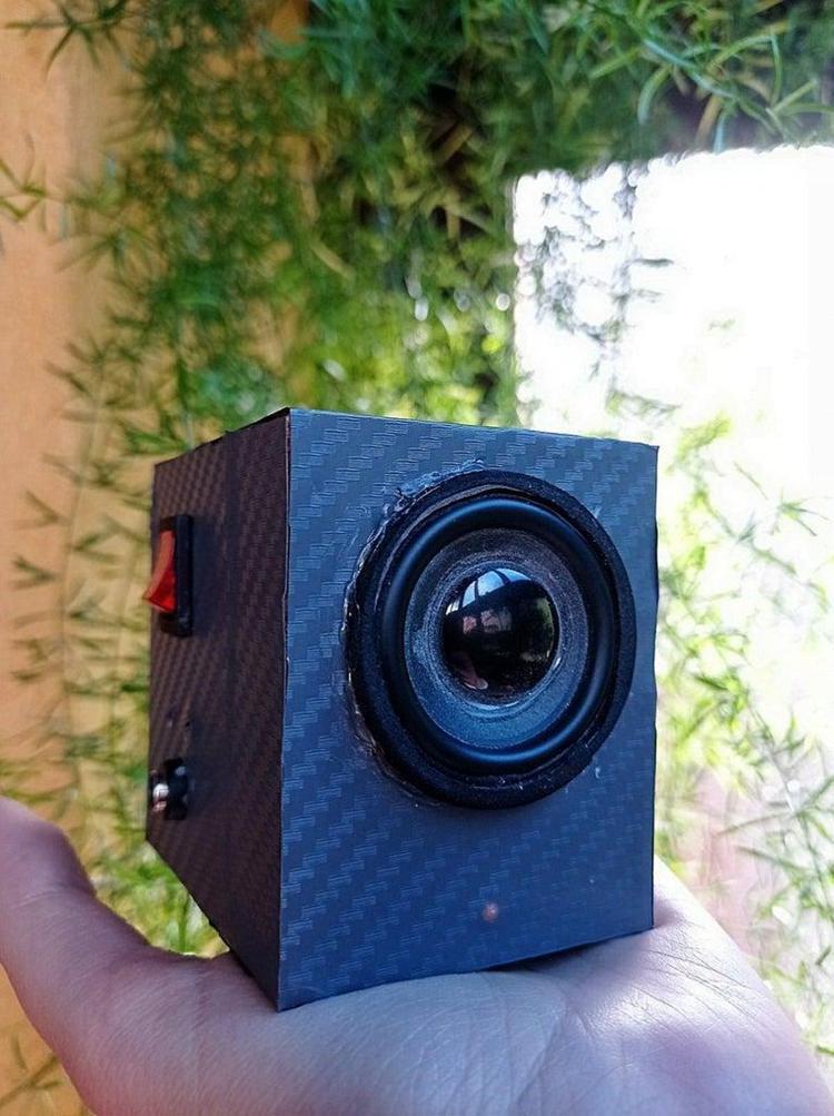 7. DIY Bluetooth Speaker