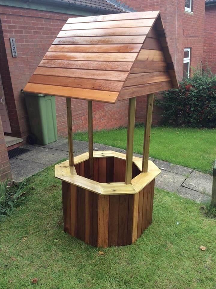 8. DIY Wood Pallet Wishing Well
