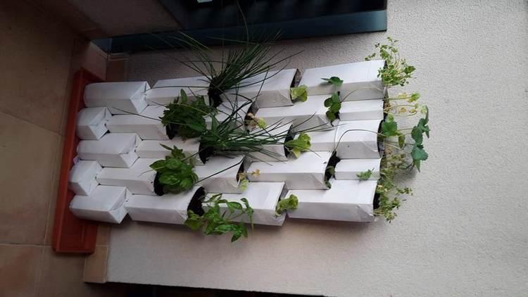 9. Tetra Brik Modular Wall Planter