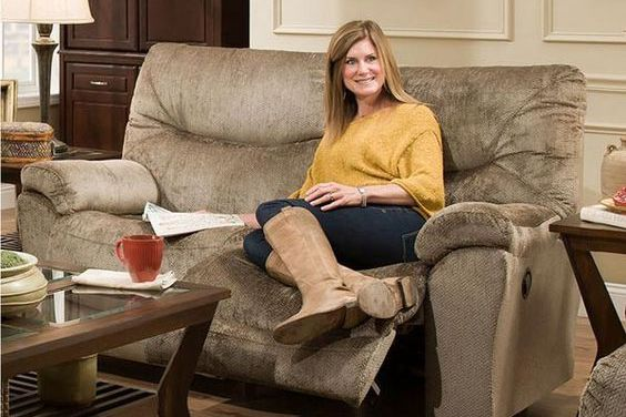 How to Choose the Cuddler Recliner for Your Living Room