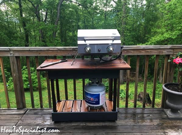 13. DIY Grill Table
