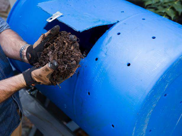 13. How To Build A DIY Compost Tumbler