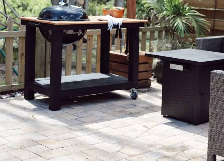14. How To Make A DIY Grill Table