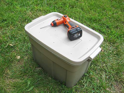 16. How To Make A DIY Compost Tumbler