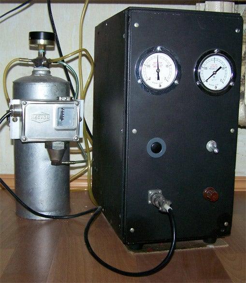 19. DIY Vacuum Pump From Fridge