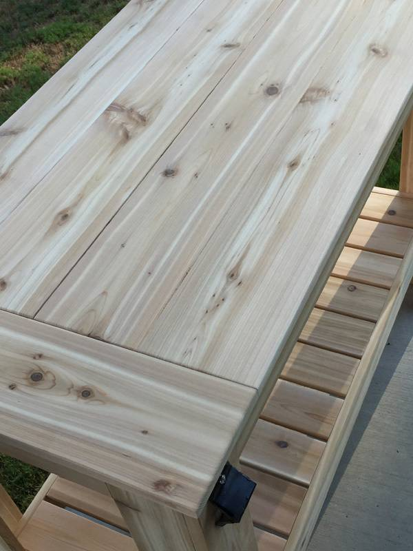 20. DIY Grilling Table