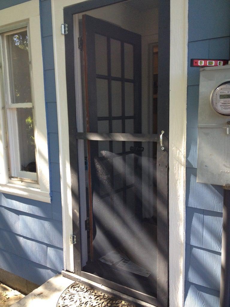 3. DIY Pallet Screen Door