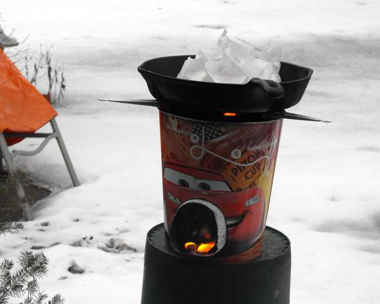 4. DIY Simple Rocket Stove For Cooking