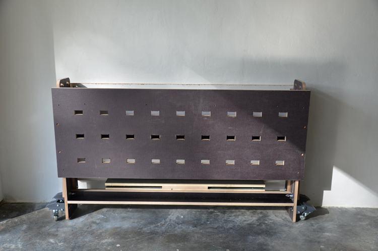 7. DIY Foldable Garage Workbench