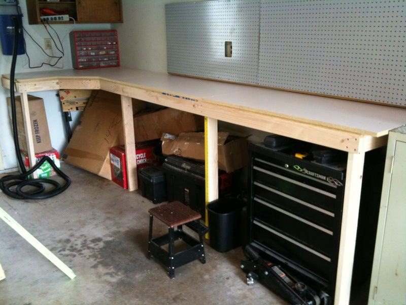 8. Cheap And Easy Garage Workbench