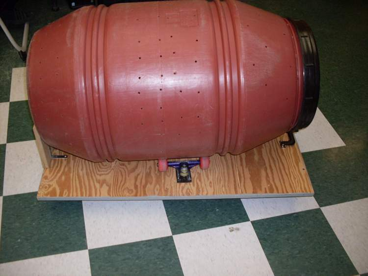 8. How To Make A DIY Compost Tumbler