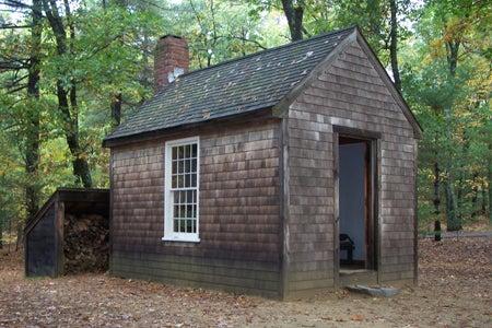 8. Thoreau Off-Grid Cabin Design Under $1000