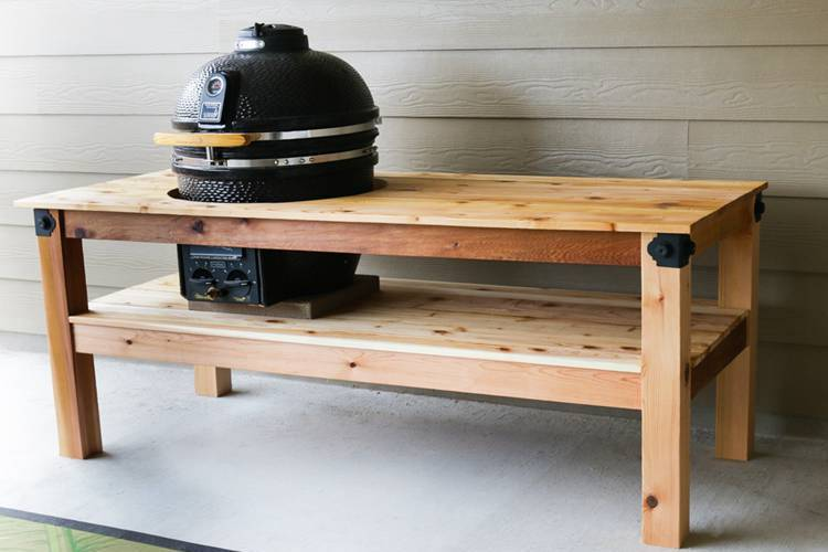 DIY Grill Table Projects