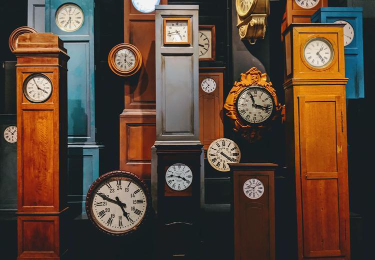 The Amazing History of Grandfather Clocks01