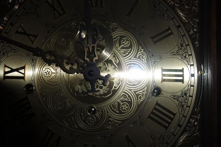 The Amazing History of Grandfather Clocks02