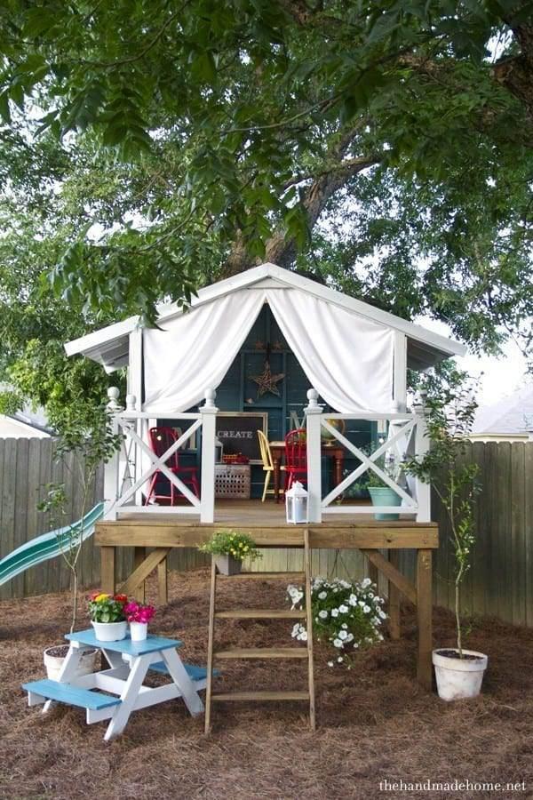 10. DIY Treehouse For Kids