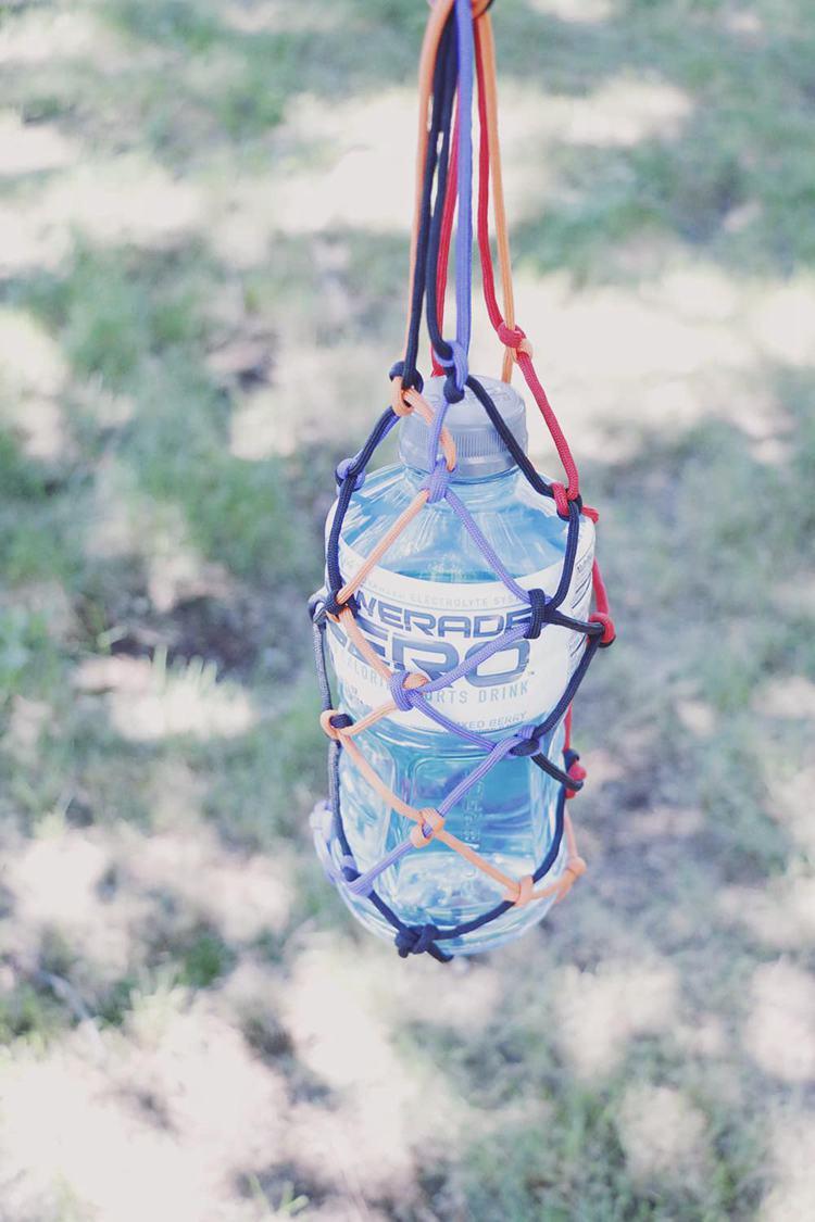 16. Paracord Water Bottle Holder DIY