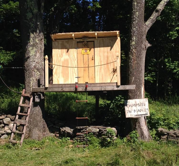 18. DIY Treehouse For Kids