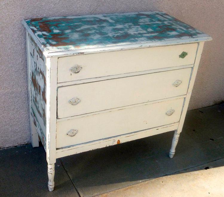 2. DIY MIrrored Dresser