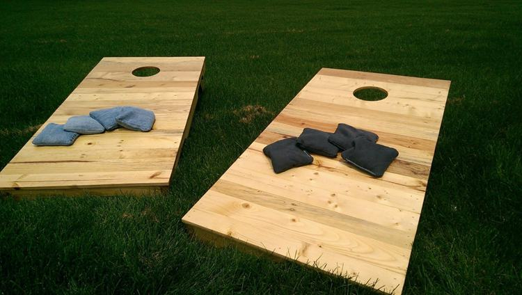 3. DIY Cornhole Pallets