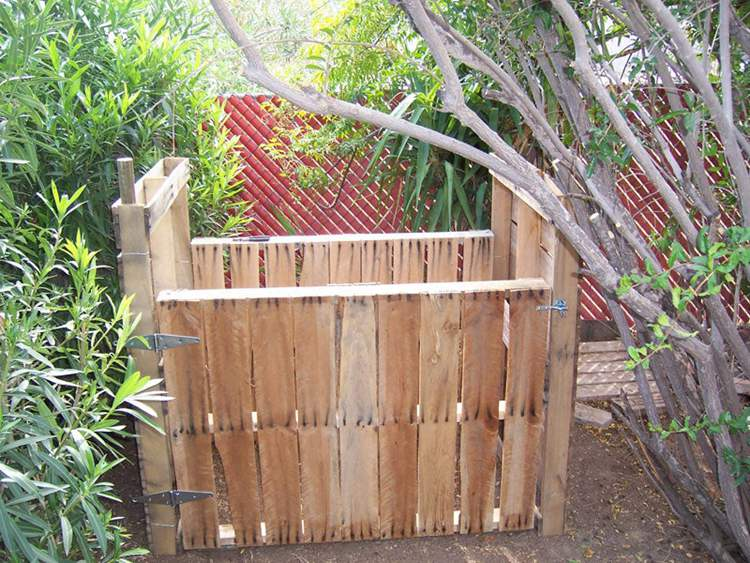 3. Pallet Compost Bin DIY