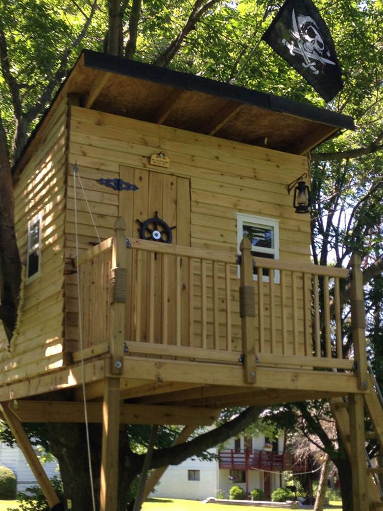 4. Pirate Hideout Treehouse DIY