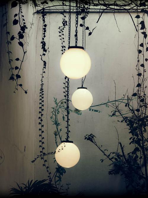 5 Ideas That Can Transform Your Outdoor Space with Solar Lighting