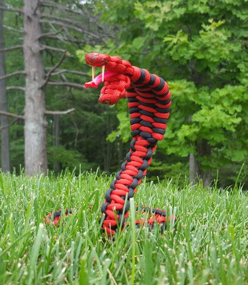 7. Paracord Snake DIY