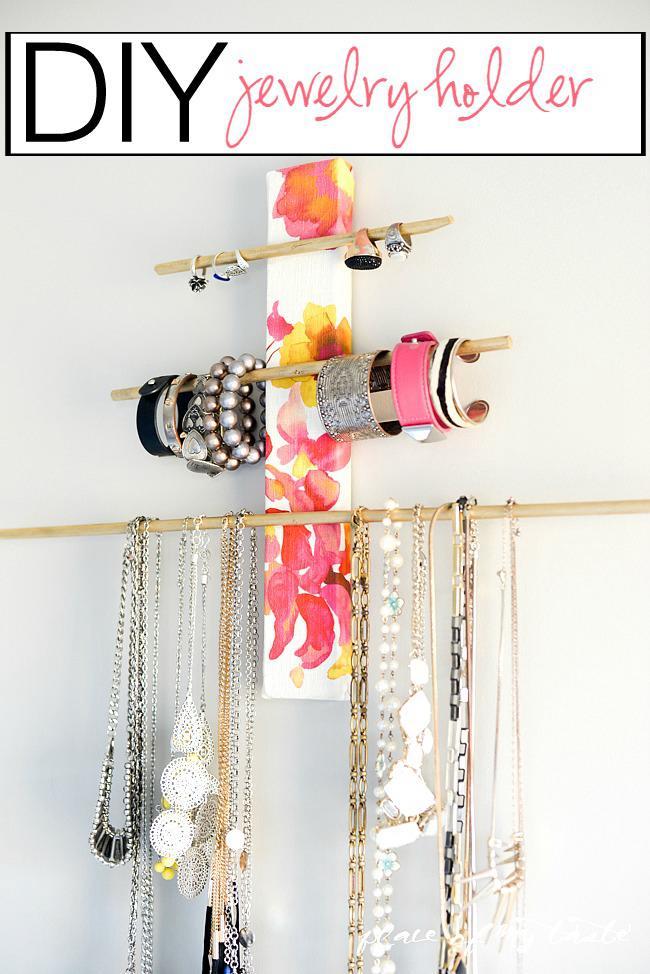 DIY Wall Mounted Bracelet Holder