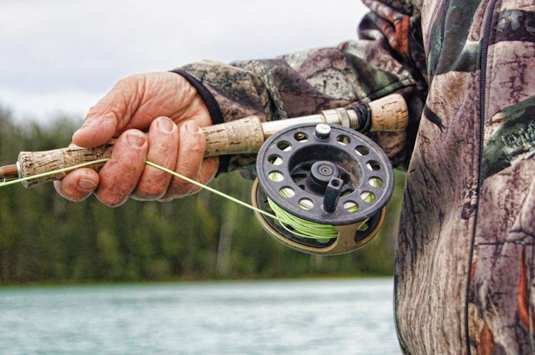 How To Hold A Fishing Rod-3